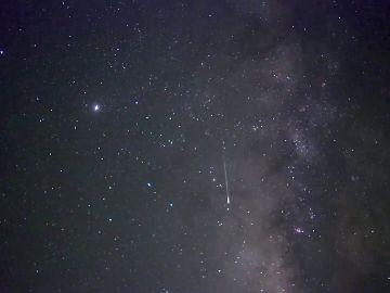 Agosto, el mes de las Perseidas: ¿Qué es el cometa Switf-Tuttle y cómo se produce este fenómeno?