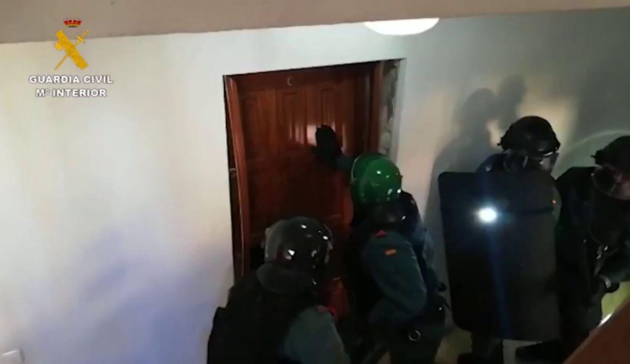 Detienen a tres personas en Marbella por secuestrar y vejar durante cuatro días a un camarero