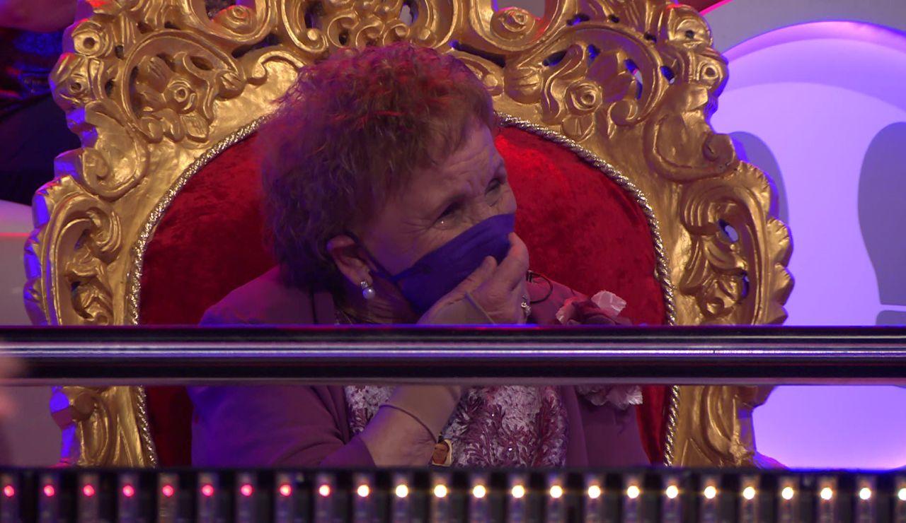 Imposible contener la emoción: Palmira rompe a llorar con un vídeo de sus mejores momentos en '¡Ahora caigo!'