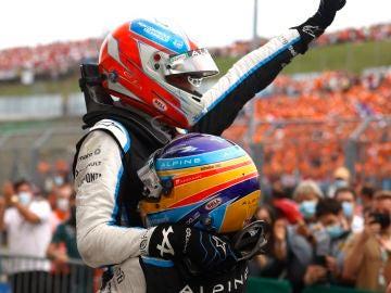 Fernando Alonso, mejor piloto en el GP de Hungría: la lucha con Hamilton, la celebración con Ocon