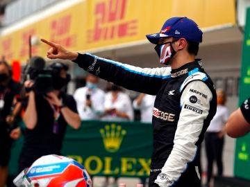 Esteban Ocon se lleva un GP de Hungría inaudito con Sainz 4º y Alonso 5º