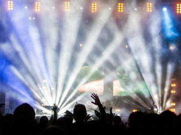 Ibiza busca extranjeros de entre 30 y 40 años dispuestos a infiltrarse en fiestas ilegales ante el aumento de casos