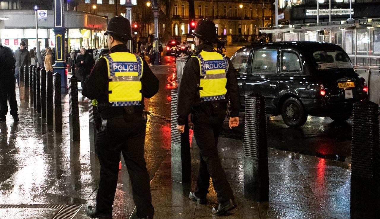 Encarcelado el hombre que asesinó a su hijo de 4 meses en Londres