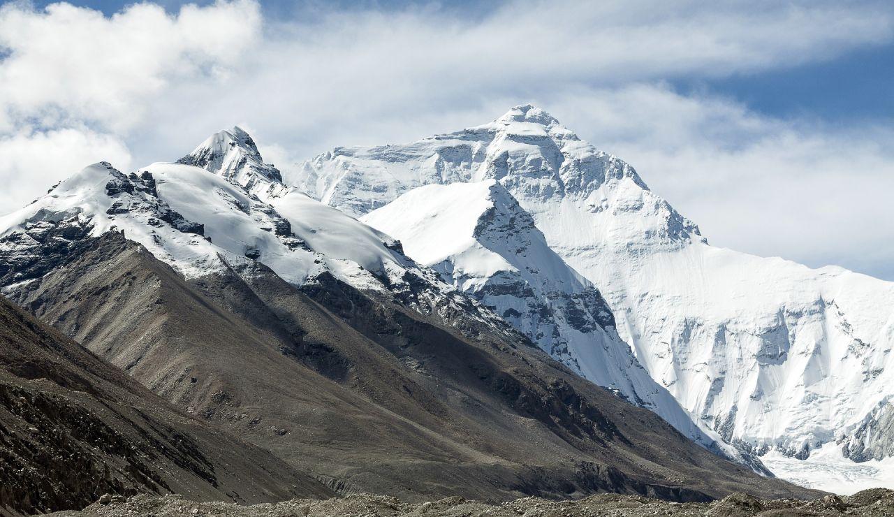 Hayan en un glaciar tibetano restos de virus de hace 15.000 años que podrían ayudar a predecir el cambio climático