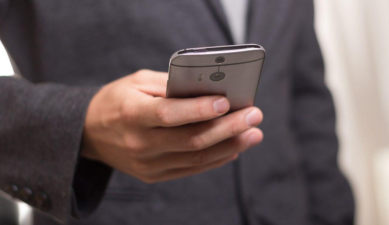 El Instituto Nacional de Ciberseguridad alerta del aumento de los casos de 'sextorsión' en verano