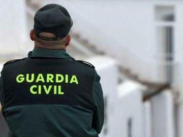 Mueren 2 motoristas en un accidente de tráfico en Marbella, Málaga