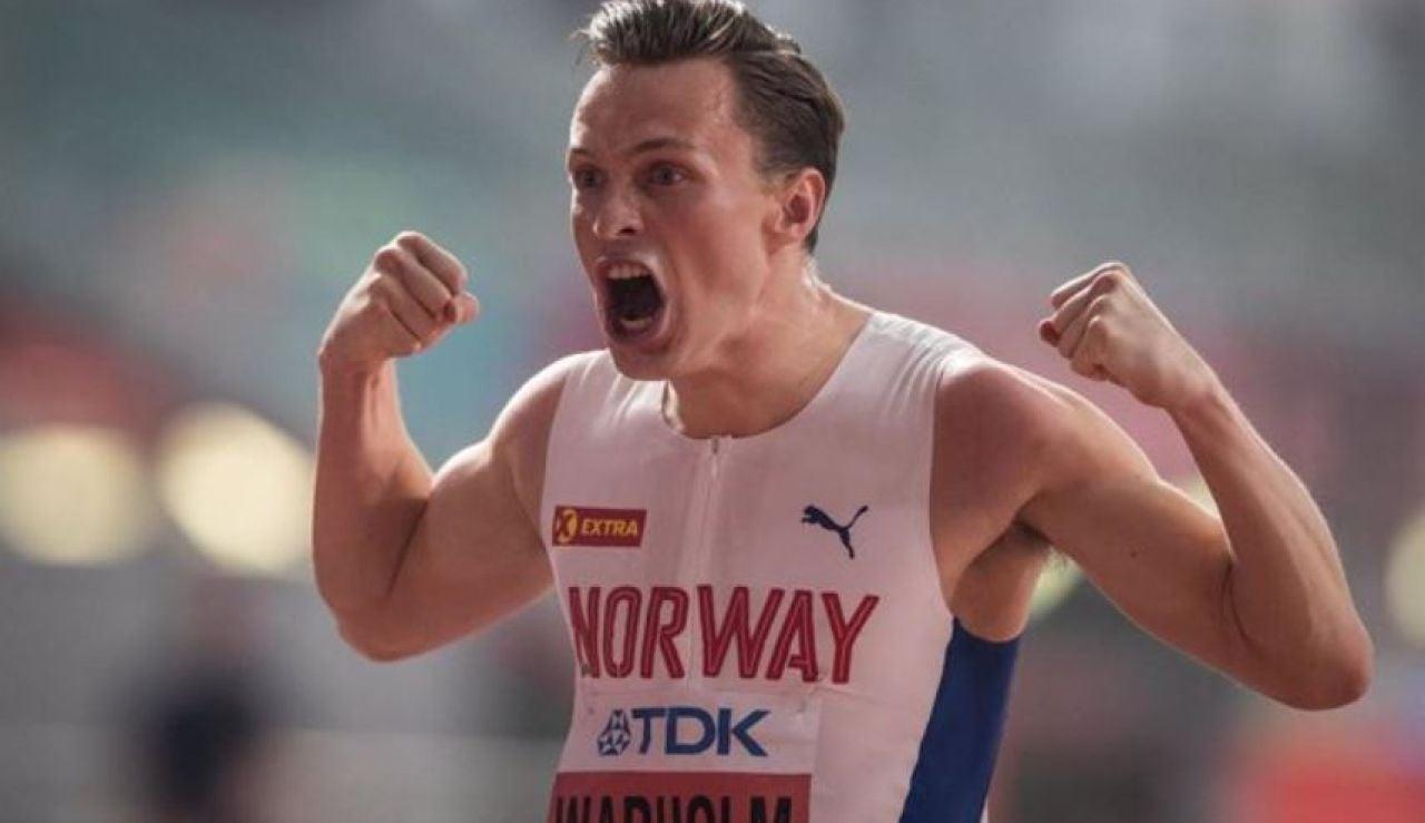 El atleta Karsten Warholm consigue el oro en los Juegos Olímpicos y bate su récord mundial de 400 metros vallas