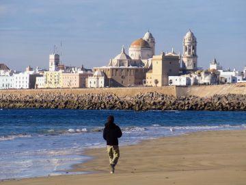 Un pueblo de Cádiz quiere convertir la tradición de las 'charlas al fresco' en Patrimonio de la Humanidad