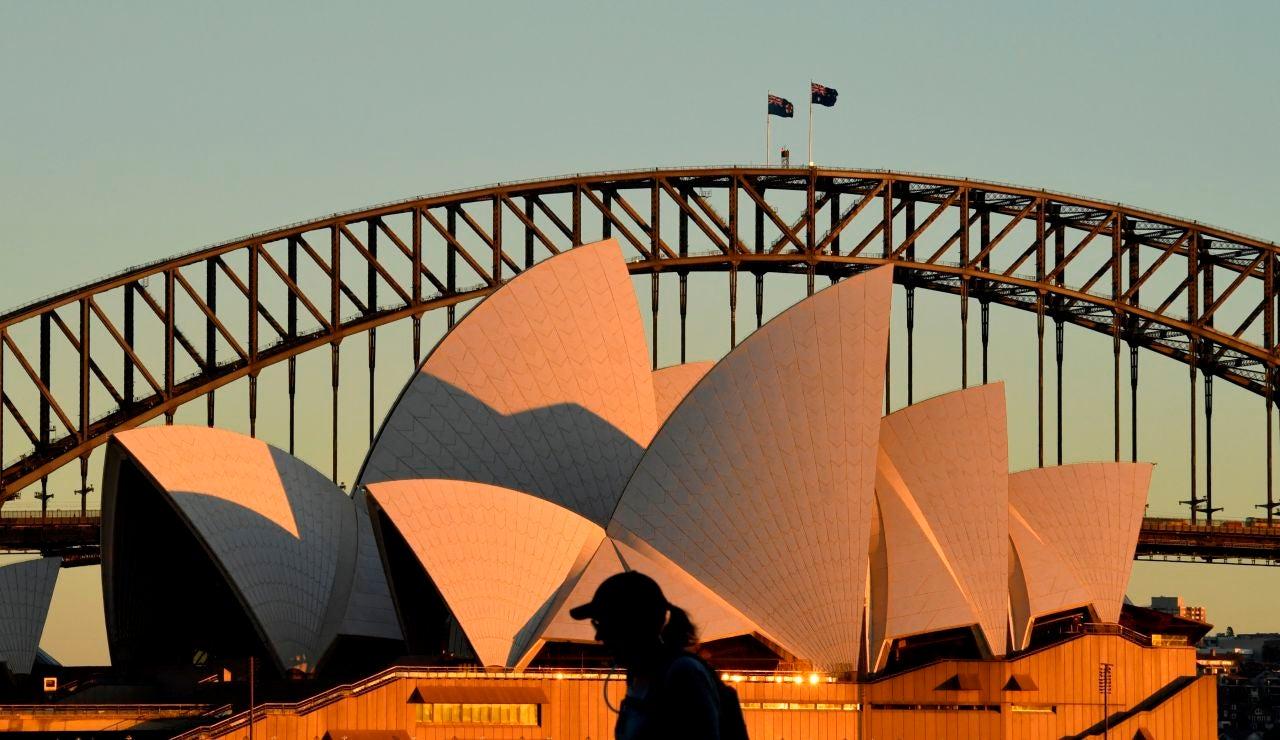 Australia y Reino Unido, dos estrategias muy diferentes para luchar contra el coronavirus
