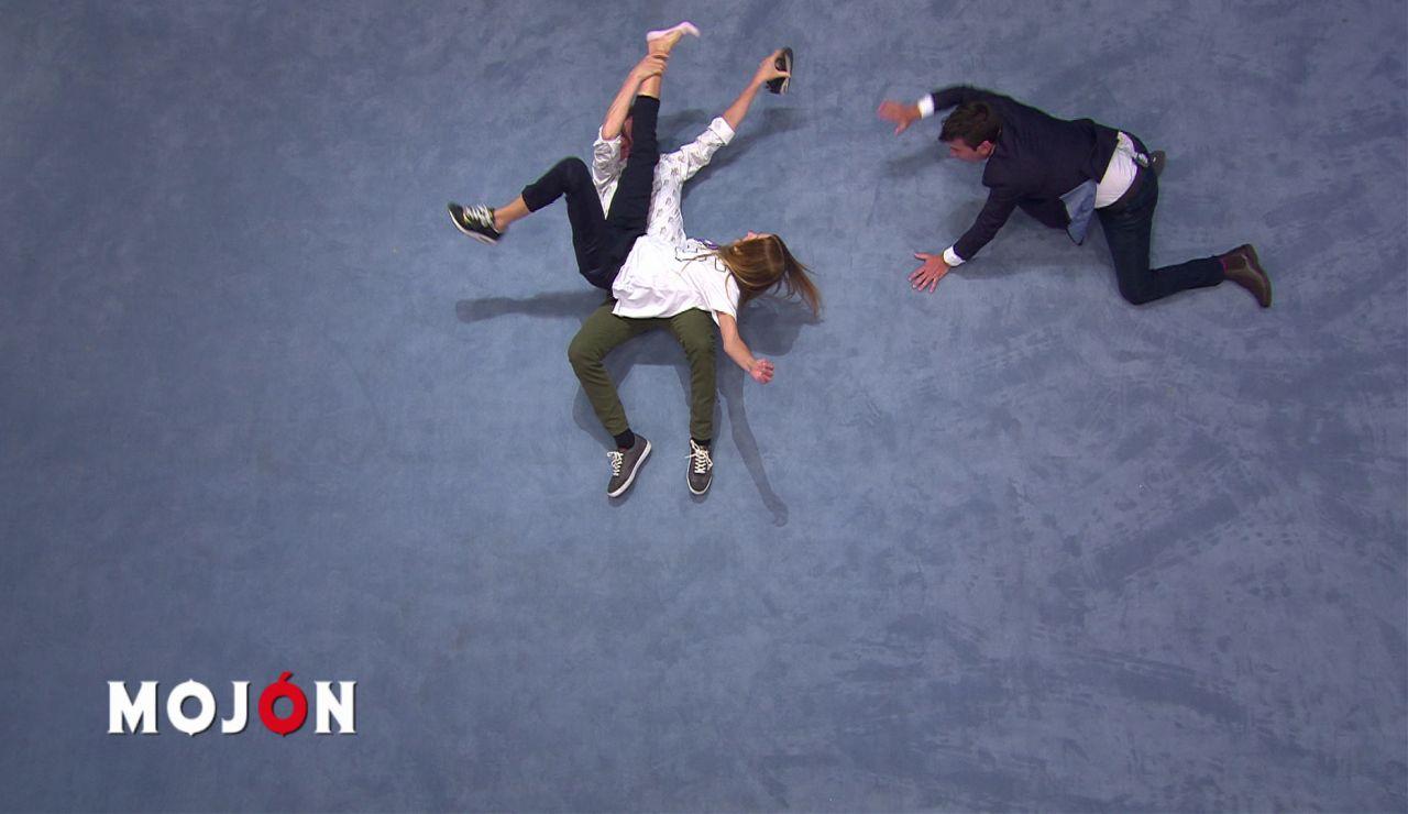 """Arturo Valls, ante la actuación de Edu Soto y Laura Sánchez en 'Alfabody': """"Quiero una tipografía así para mi ordenador"""""""