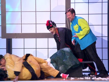 """""""¡Enrollaros chicos!"""": Anabel Alonso y José Corbacho se equivocan de 'rollo' en el 'Teatro de pendiente'"""