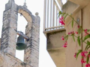 Los vecinos de Banyoles consiguen con sus protestas que las campanas de su iglesia vuelvan a sonar por la noche