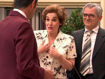 Quintero, dolido por la engañosa felicidad de Benigna, trata de boicotear su boda