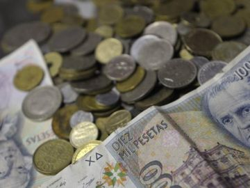 1.575 millones de euros en monedas y billetes de pesetas siguen en las casas de miles de españoles