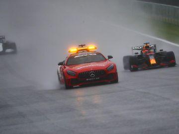 Verstappen gana en Spa la carrera más corta de la historia de la Fórmula 1