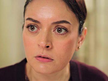 Un duro golpe de realidad para Safiye: descubre que Han ha pedido la mano a Inci