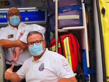 Salvan la vida de un bebé con la maniobra de Heimlich en San Pedro del Pinatar