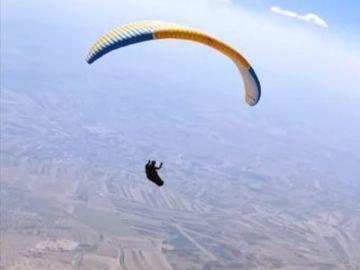 Así se logró el vuelo en parapente más largo de la historia de España: ¡285 kilómetros, desde Huelva a Ciudad Real!
