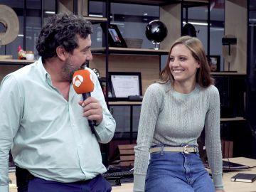 """Paco Tous y Michelle Jenner: """"Nos miramos a los ojos y es papá Paco y la niña Sara"""""""