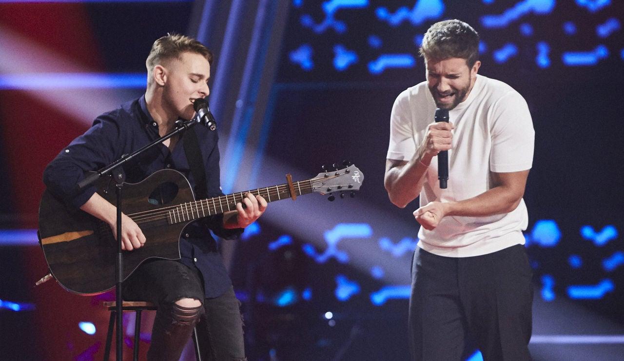 La versión más emotiva de 'Desencuentro': Pablo Alborán y Javier Naranjo realizan el primer dúo de 'La Voz'