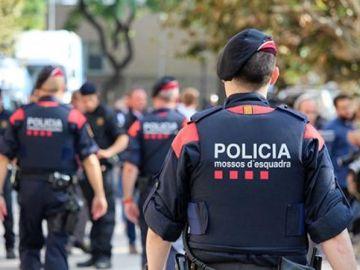 Detienen a un hombre en Lleida por ofrecer dinero a una menor a cambio de una sesión de fotos pornográfica