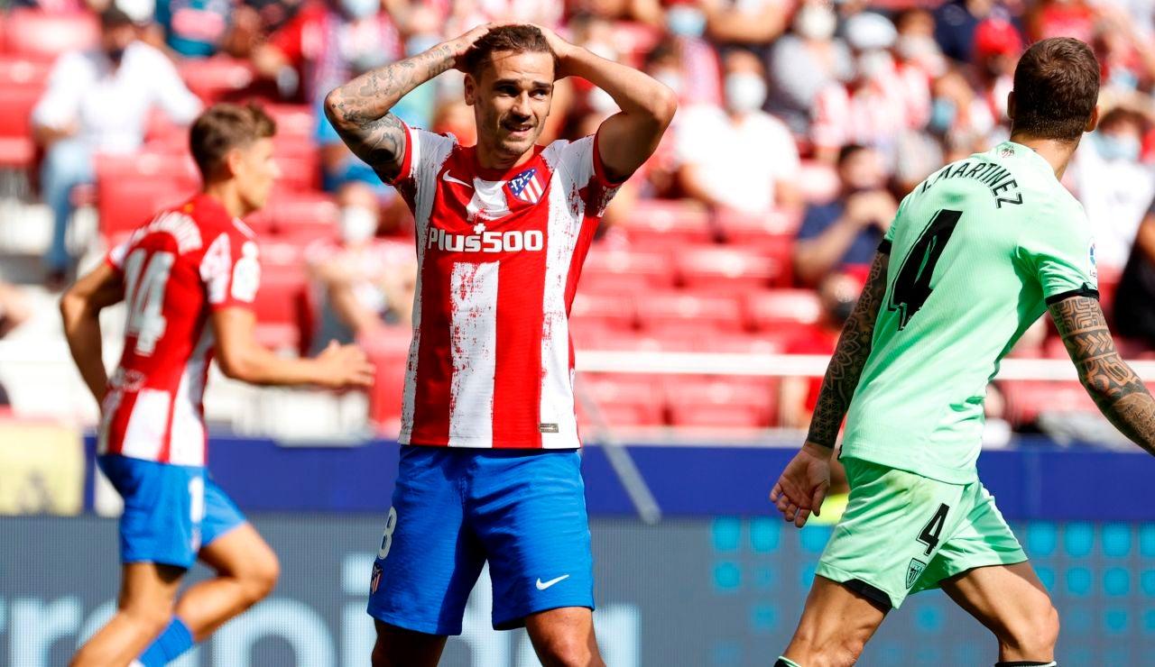 Griezmann se lamenta tras una ocasión fallida del Atlético de Madrid