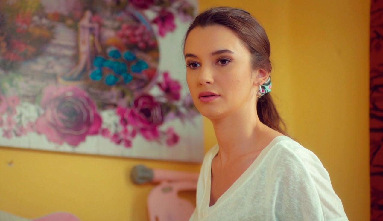 ¿Sorprenderá Öykü a Candan con su vestido de novia de ensueño?