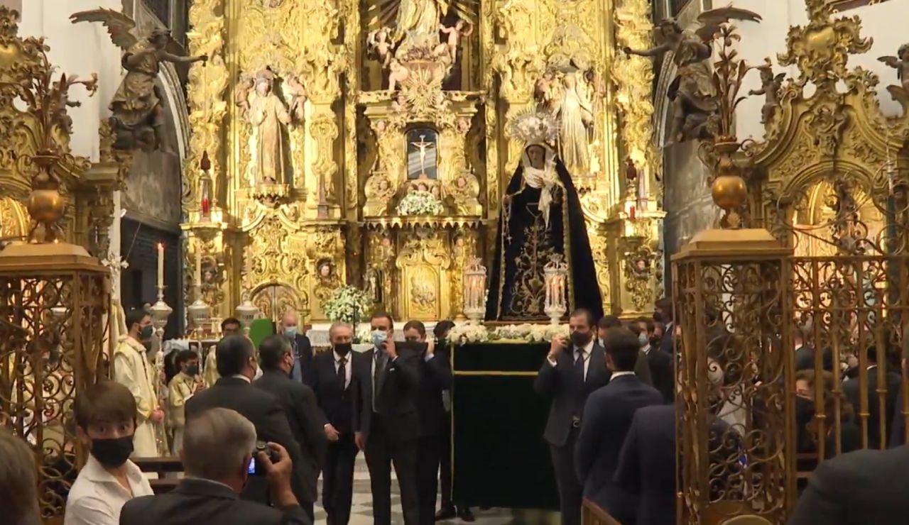 Las procesiones vuelven a Sevilla más de un año y medio después