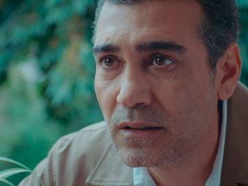"""Volkan muestra sus miedos ante Derya: """"Mi corazón no late por una sola mujer"""""""