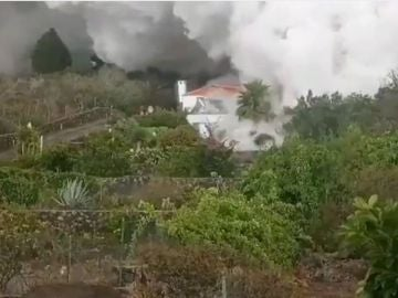 """Hasta 10.000 personas serán evacuadas en La Palma por el volcán: """"Toda la vida trabajando para esto"""""""