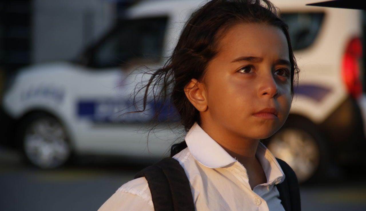 Beren Gökyıldız es Öykü en 'Mi hija'