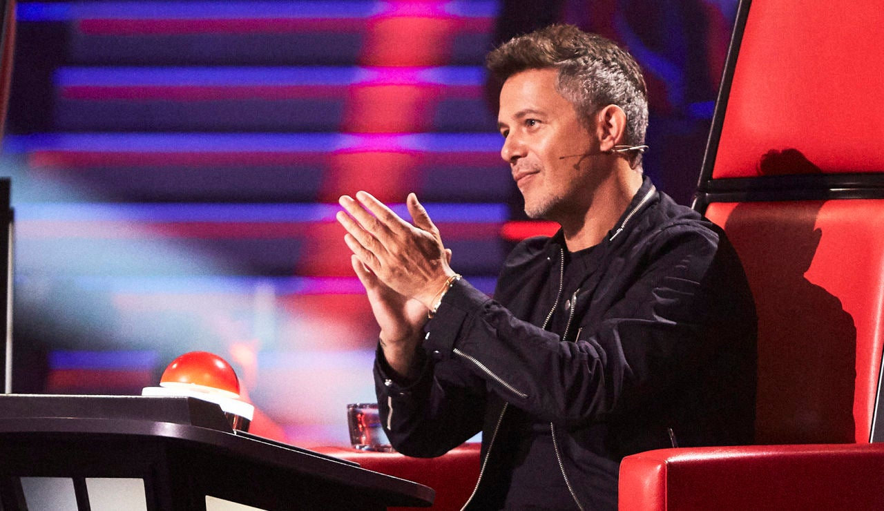 Alejandro Sanz anima a Christian Ruiz a cantar una de sus canciones tras ser eliminado en 'La Voz'
