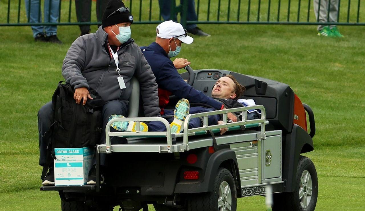 Tom Felton sufre un incidente en un torneo de golf