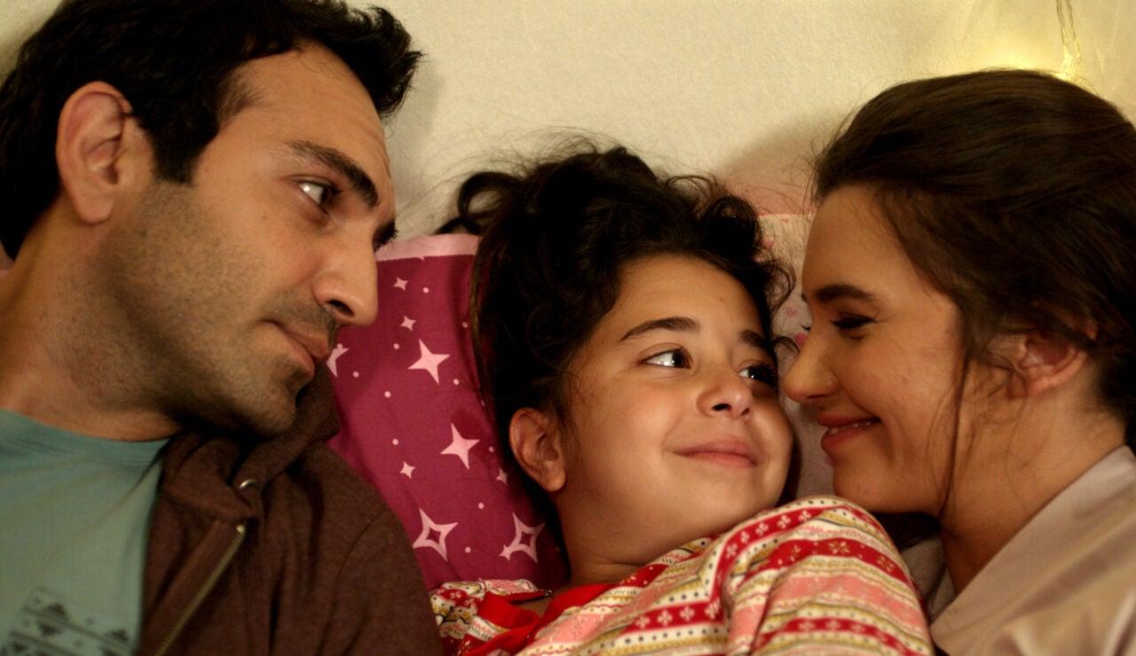 Öykü, Demir y Candan prometen estar juntos para siempre