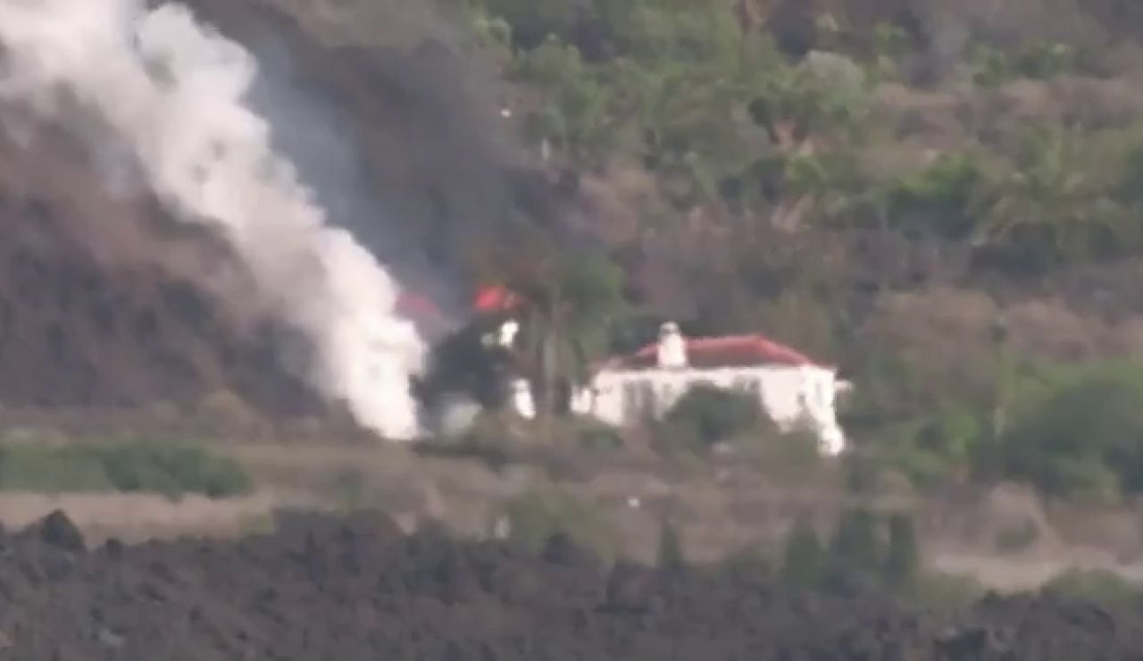 La lava del volcán de La Palma destruye más de 400 casas