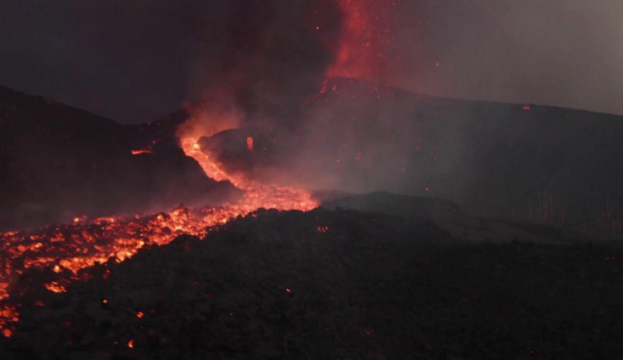 Imágenes inéditas de las lenguas de lava en el volcán de La Palma