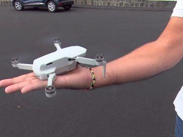 Un vecino de La Palma, denunciado por sobrevolar el volcán con su dron