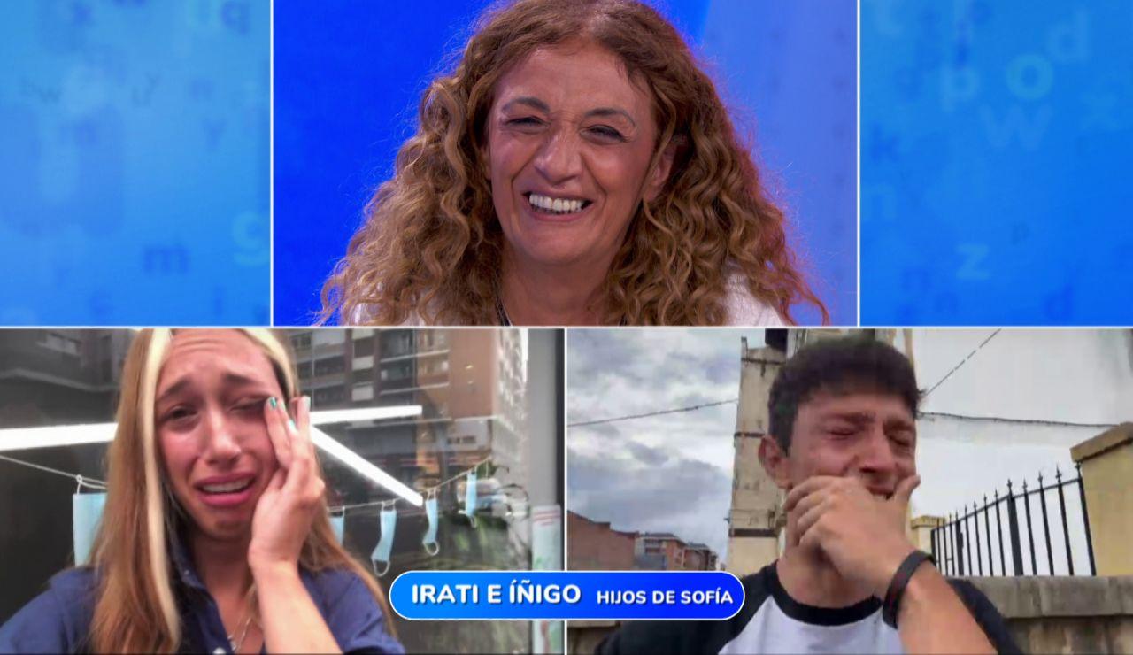 """Sofía comparte su alegría y sus lágrimas con sus hijos: """"¡He ganado el bote de 'Pasapalabra'!"""""""