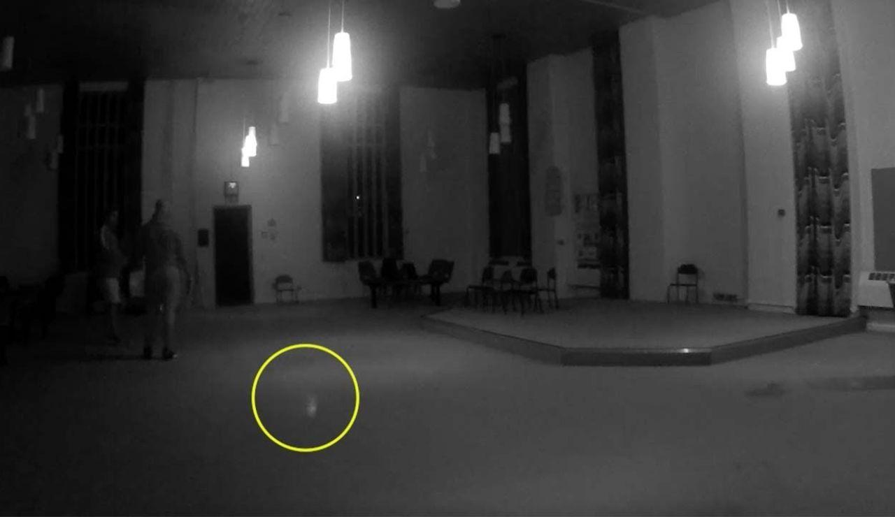 Graban a un fantasma en una prisión del Reino Unido