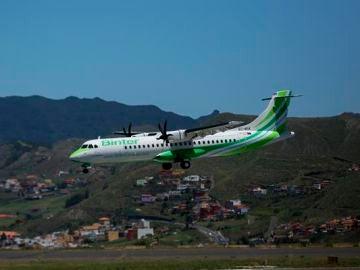 El aeropuerto de La Palma retoma su actividad y Binter anuncia que recupera todos sus vuelos con la isla