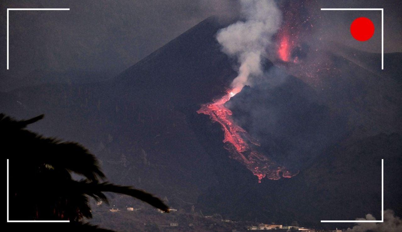 El volcán entra en una fase efusiva, streaming en directo