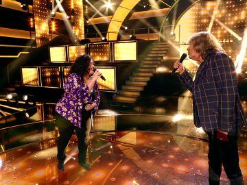 ¡El mejor final! José Mercé y la organizadora de eventos enamoran cantando 'Contigo aprendí'