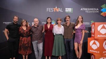 Carles Francino, Ane Gabarain, Eduardo Casanova, Carmen Ruiz, Montse García, Jon Plazaola y Carlota Baró