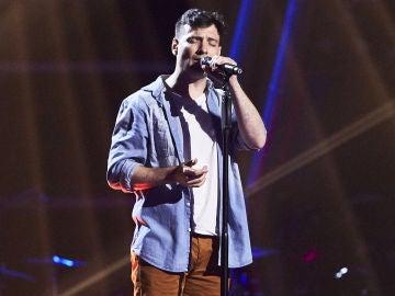 Fran Valenzuela canta 'El sitio de mi recreo' en las Audiciones a ciegas de 'La Voz'