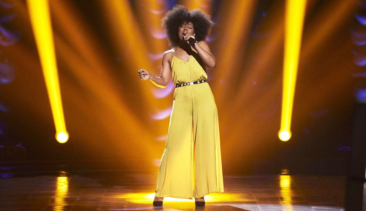 Yamile Wilson canta 'At last' en las Audiciones a ciegas de 'La Voz'