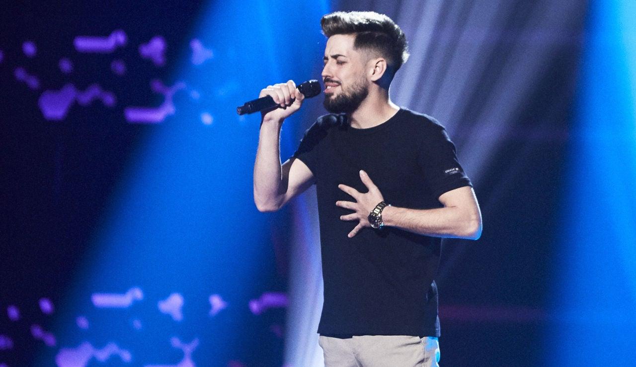 Jesús Peguero canta 'Si a veces hablo de ti' en las Audiciones a ciegas de 'La Voz'