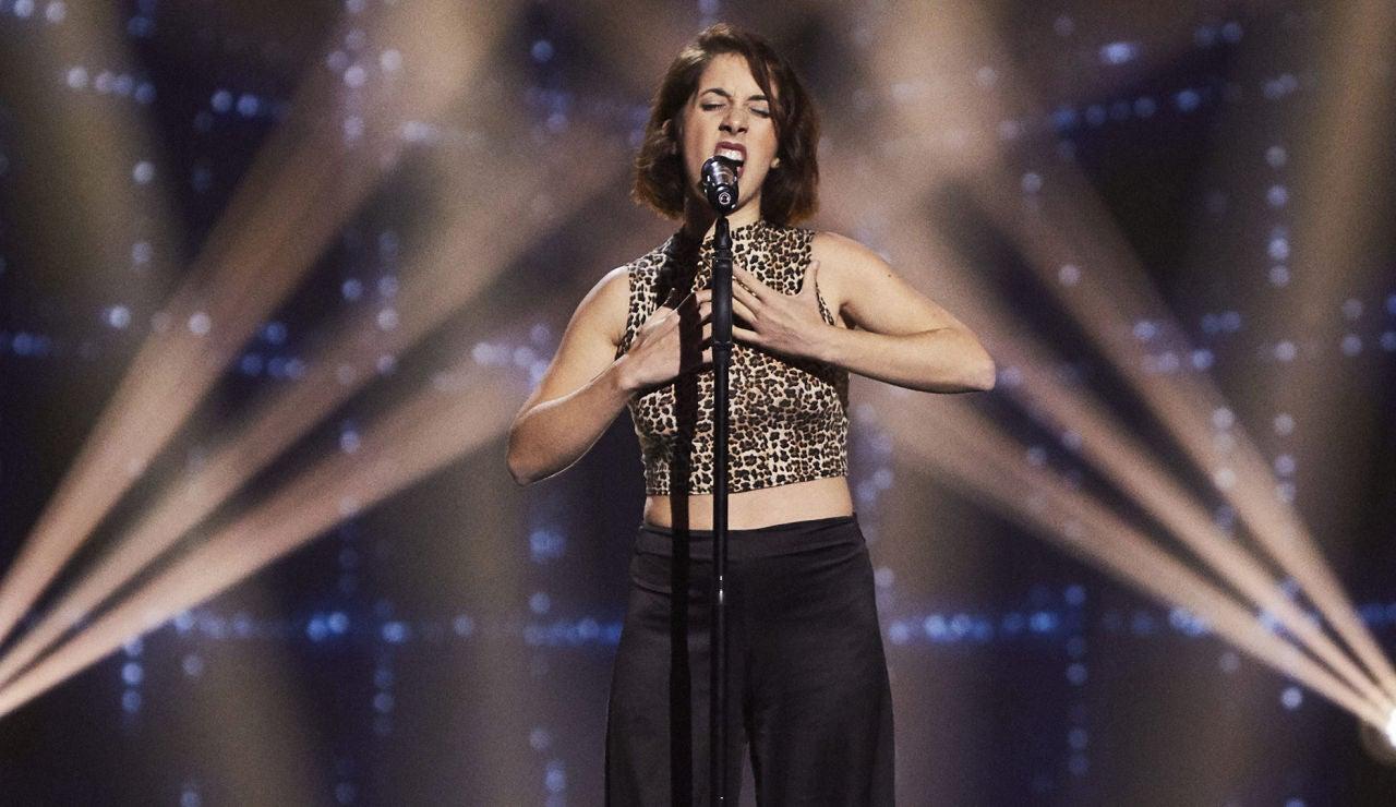 Diana Larios canta 'Caruso' en las Audiciones a ciegas de 'La Voz'