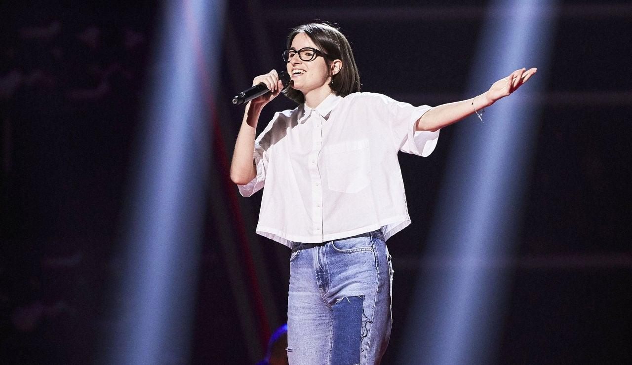 Paula Serrano canta 'Una foto en blanco y negro' en las Audiciones a ciegas de 'La Voz'