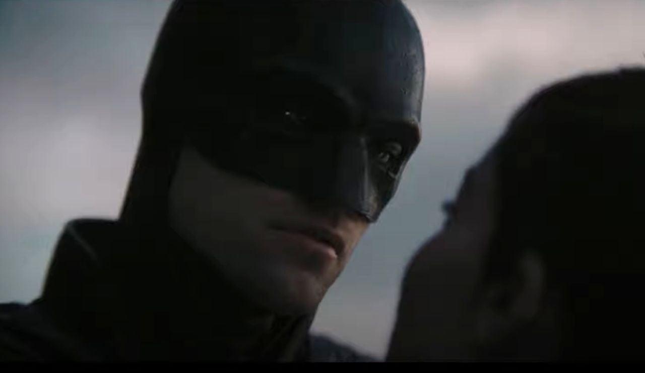 Robert Pattinson y Zoe Kravitz en 'The Batman'