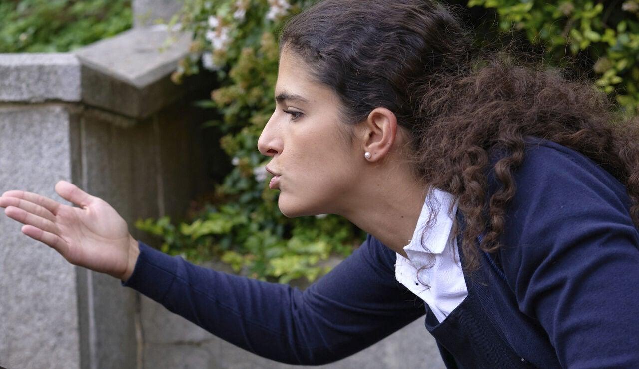 Paula Ezcurra es Esther en 'Amar es para siempre'